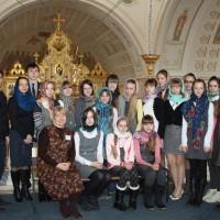 Под сенью православного храма