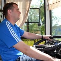 Успех поездки в надёжных руках водителя Виктора Игнатьевича.