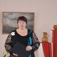 Ведущий 2 - И.В. Шило, учитель русского языка и литературы гимназии № 20