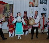 Открытие выставки. Выступление марийского фольклорного ансамбля.