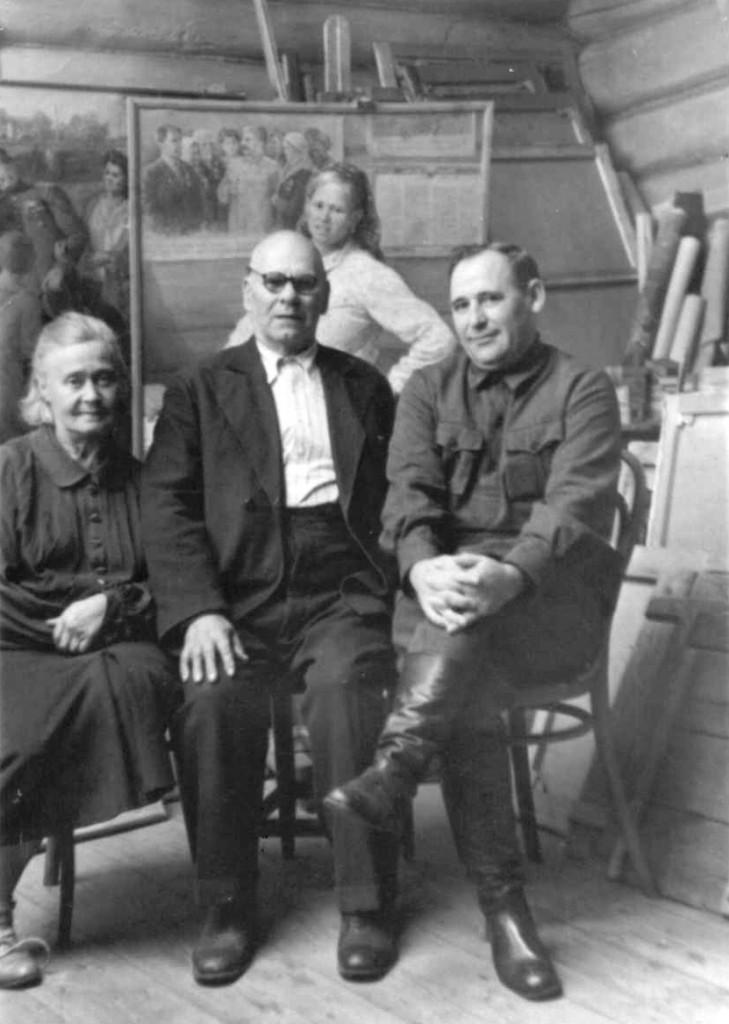 3.В мастерской. Кочелаево. 1948